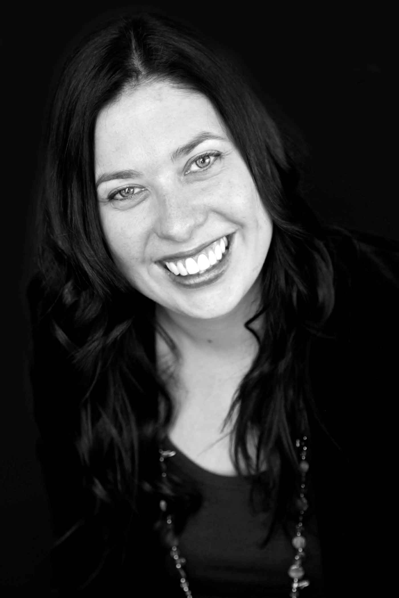 Sara author
